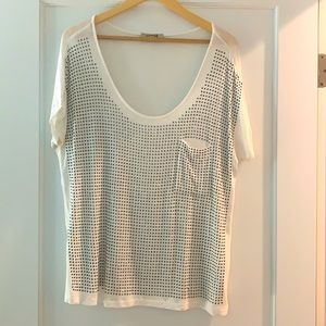 Dolman style clingy top with pocket